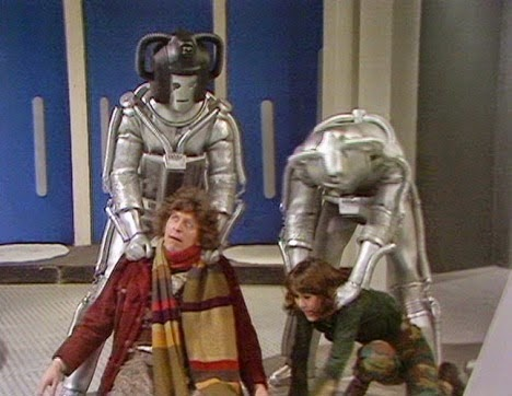 revenge of the cybermen review section image